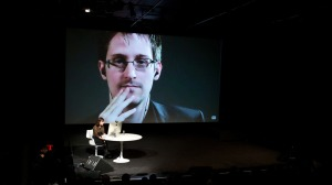 Edward Snowden, Jane Mayer